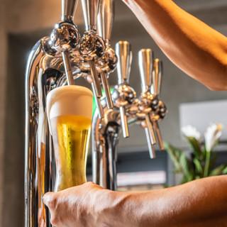 きめ細かいクリーミーな泡が自慢の、新鮮な生ビールをどうぞ!