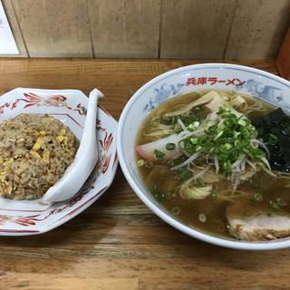 兵庫ラーメン - 料理写真: