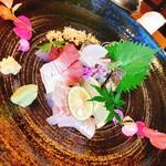 日本酒バル 蔵よし - お刺身3点盛り