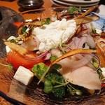 鶏焼将軍 - ごぼうとクリームチーズの健康サラダ