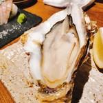 魚と日本酒 魚バカ一代 - 生牡蠣