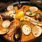 Bar espana carne - 魚介のパエリア(2人前)