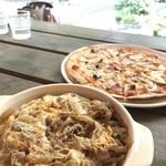 テージャスランチ - ピザと牛丼