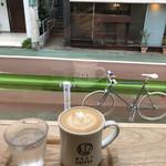 NOZY COFFEE - カフェラテ¥580(コスタリカ)