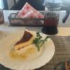カフェ 楽 - 料理写真:チーズケーキ