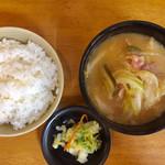 十八番 - とんミニ朝食(¥300)