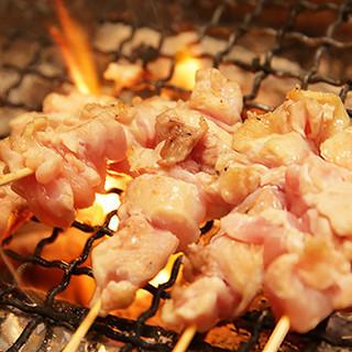 1本1本手打ちする美味しい串を、リーズナブルにご提供!