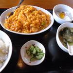魯園菜館 - 芝エビと玉子のチリソース炒め(名前は不正確)のランチ