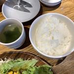 韓国ハイボール酒場 NO SPICE,NO LIFE.  - ご飯はウマシ。スープはワカメ。