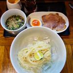 秀ちゃんラーメン - [夏季限定]冷やしとんぼラーメン650円。