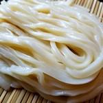 うどん山菜 塩屋 - 麺がキレイ!