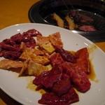 鹿児島黒毛和牛専門 十々 - 料理写真:コリコリしたホルモンもあります。