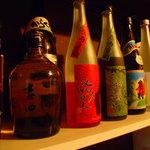 やきそば鉄板焼き酒場 オリオン - ばばあの梅酒もあります