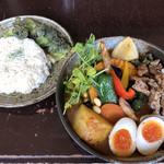 Rojiura Curry SAMURAI. - 鶏せせりカレー・大根及びさくさくブロッコリー追加(マンスリー)