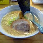 さいたま屋 - 醤油ラーメン500円