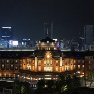 絶景!目の前に広がる『東京駅舎』