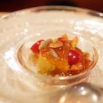 f - ジュンサイと菊のデザート