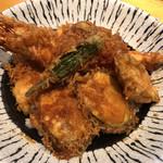 魚と創作料理 だん - 大海老・大穴子天丼接写