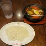 ホットスプーン - ・「牛すじとごろごろ野菜と玉子のカレー 小ライス(¥972)」