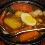 ホットスプーン - ・「牛すじとごろごろ野菜と玉子のカレー 小ライス(¥972)」のアップ。