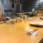 石臼挽き手打 蕎楽亭 - 雰囲気の良いカウンター席!