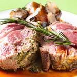 ぶどう亭 - 料理写真:子羊肉のロースト香草風味
