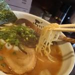 Noukoubutasobaburen - 菅野製麺の角麺。