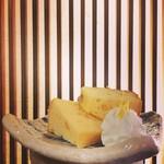 浜潮 - 季節のデザート 自家製シフォンケーキ