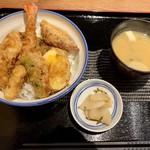 111405102 - 天丼850円