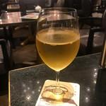 梟書茶房 - 白ワイン(540円)