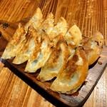 111408967 - 米粉皮一口餃子(10個) ¥450