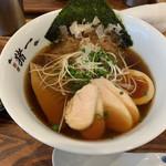 111412737 - 昆布〆鶏ちゃーしゅーの追い鯖そば(黒醤油)♡¥950(税込)