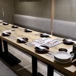 個室 霜降り肉寿司食べ放題 タテガミ - 10名用テーブル席