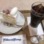 フルーツケーキファクトリー - ショートケーキ+アイスコーヒー