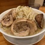 ラーメン いち大 - 料理写真:ラーメン大盛り(500g)、豚増し、タマネギニンニクカラメ