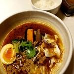 スープカレーの田中さん - ひき肉スープカレー(オリジナル) 750円 + キャベツ50円