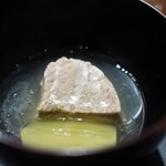 傳 - 牛ほほ肉と冬瓜の煮物