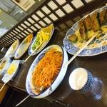 旬彩台所 タカハシ - 料理写真:この日は来店時の残りお惣菜の種類は少なめでした