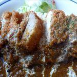 小さなキッチンレストラン よっしーの店 - チキンカツの断面