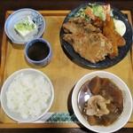食小屋 タナカ - エビフライ(2本)とり唐揚げ(2個)セット 1,000円(税込)。     2019.07.02