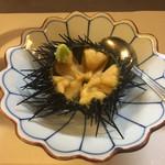 自遊庵 ねぎぼうず - キタムラサキウニのお造りです