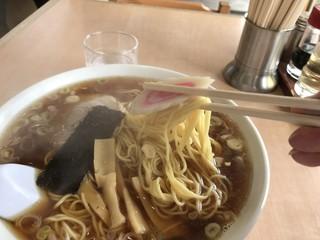 伊勢屋本店 - 料理