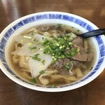 蘭州牛肉麺 - 料理写真:蘭州牛肉麺 平麺
