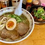 広島中華そば がんぼ - 料理写真:醤油そば  ちゃーめし