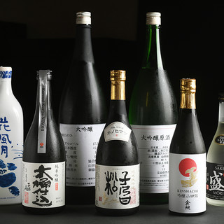 酒の味わいは芳醇旨口。純米の旨味と深いコクを錫の酒器で愉しむ