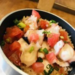 タコとトマトの釜飯