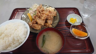 JRA美浦トレーニングセンター 厩務員食堂 - 唐揚げ定食ご飯大盛り