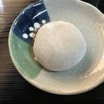 井川城 - 蕎麦大福(ずんだ餡)