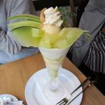 Fruit Chef - プレミアムメロンパフェ 2500円+Tax