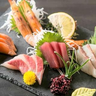 【食材にこだわる】旬に合わせて様々な産地から仕入れた新鮮食材